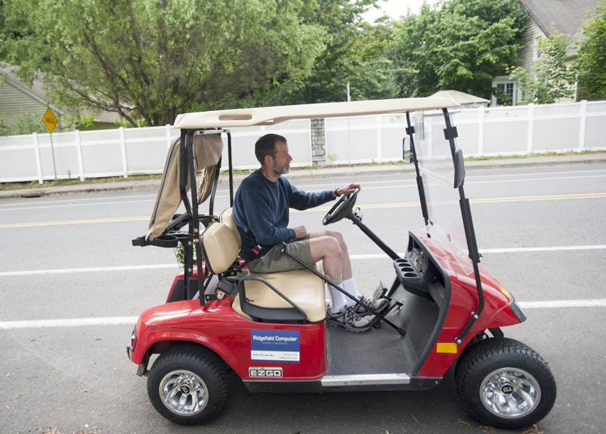 A New Chapter for Lynn Haven: Golf Cart Permitted on City Streets