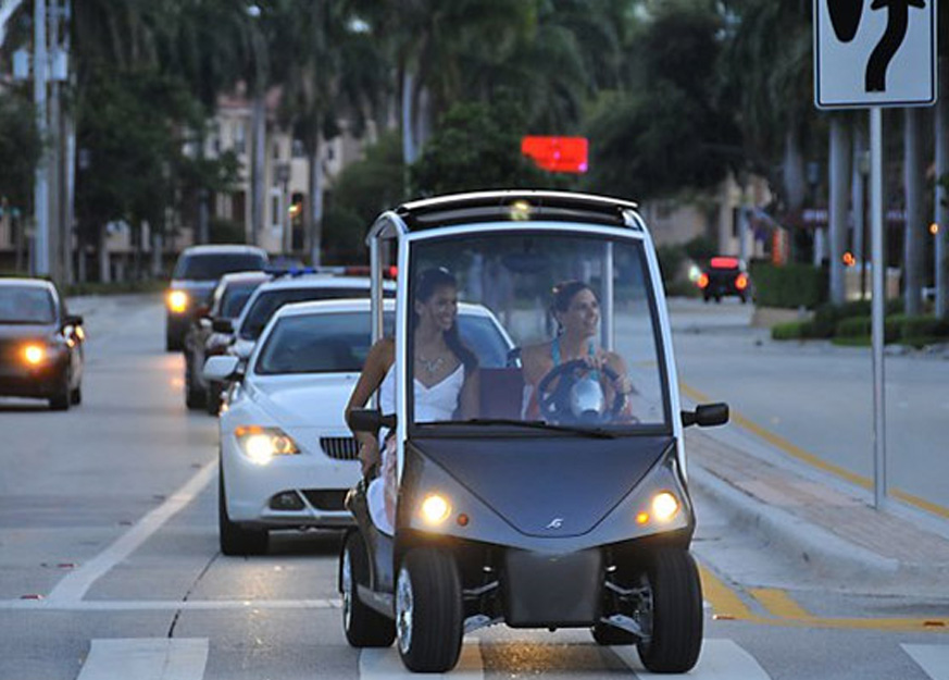 The Regulations to Drive a Golf Cart in South Carolina